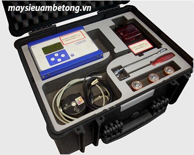 Máy đo dao động và biến dạng bê tông